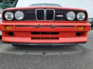 BMW M3 E30 – A Review of its specs, features, and worth